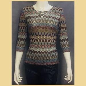 Tribal pattern body fit tee